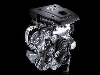 All new Diesel MIVEC engine: powerful and fuel efficient (*)