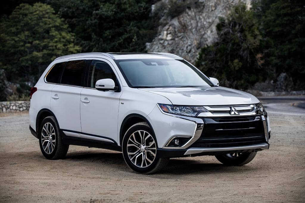 2018 Mitsubishi Outlander PHEV and Outlander Earn Top Honors from ASG