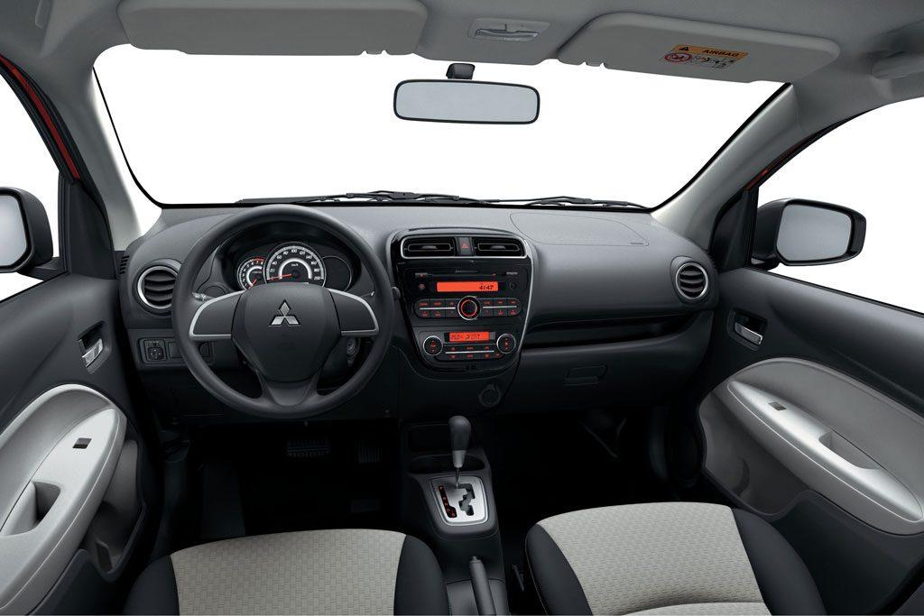 Kết quả hình ảnh cho Khoang xe Mitsubishi Attrage