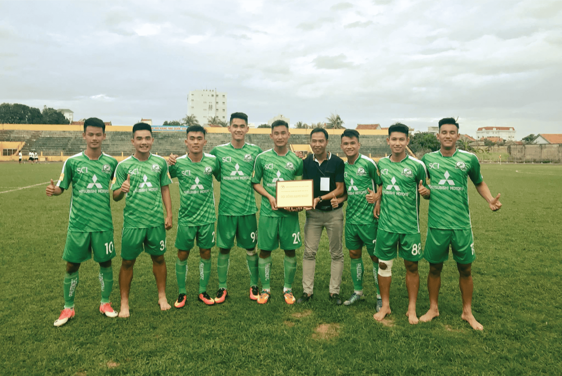 Phù Đổng FC chính thức dành suất thi đấu tại Hạng Nhất Quốc gia 2018