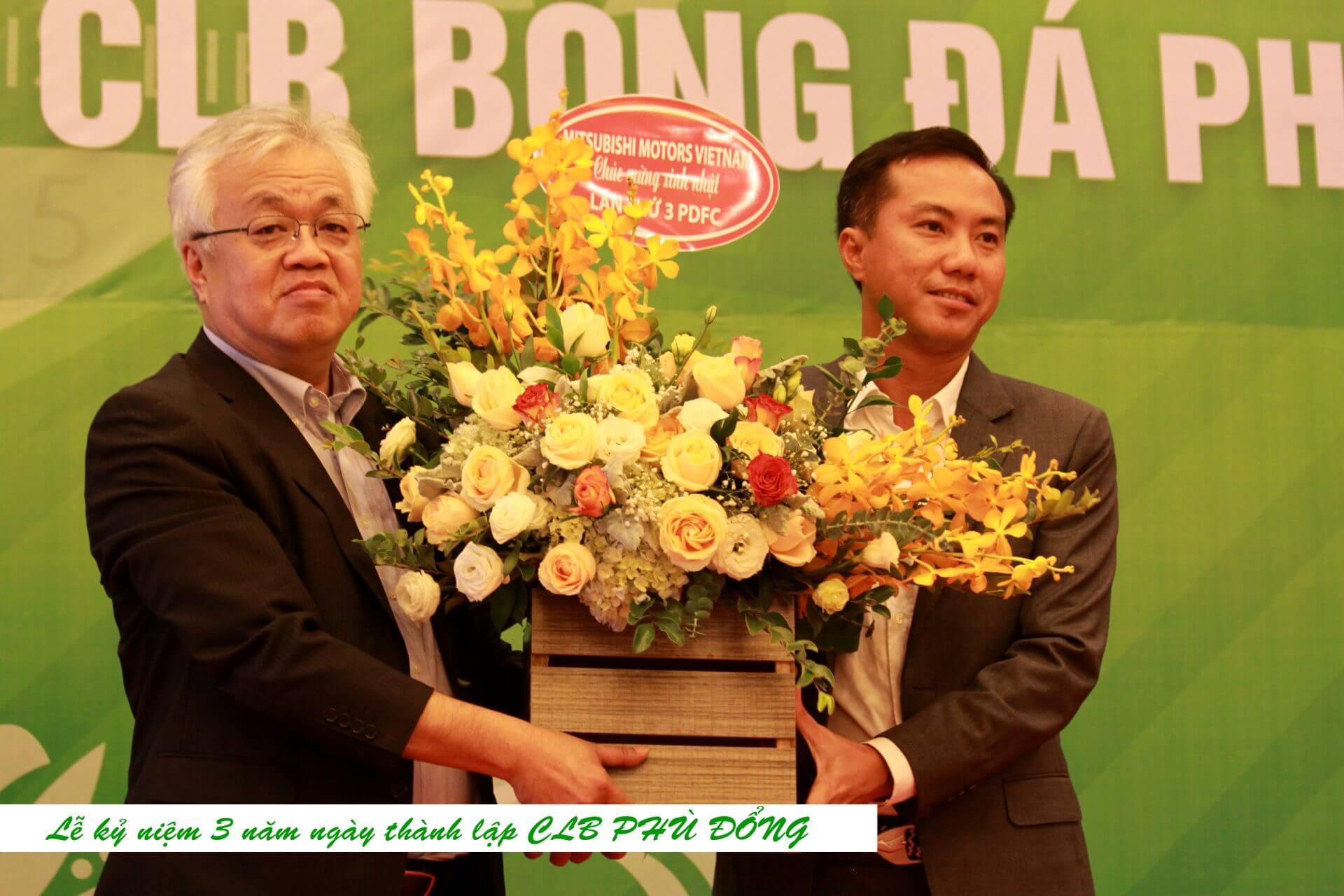 Mitsubishi Motors Vietnam chúc mừng sinh nhật lần thứ 3 CLB Bóng đá Phù Đổng