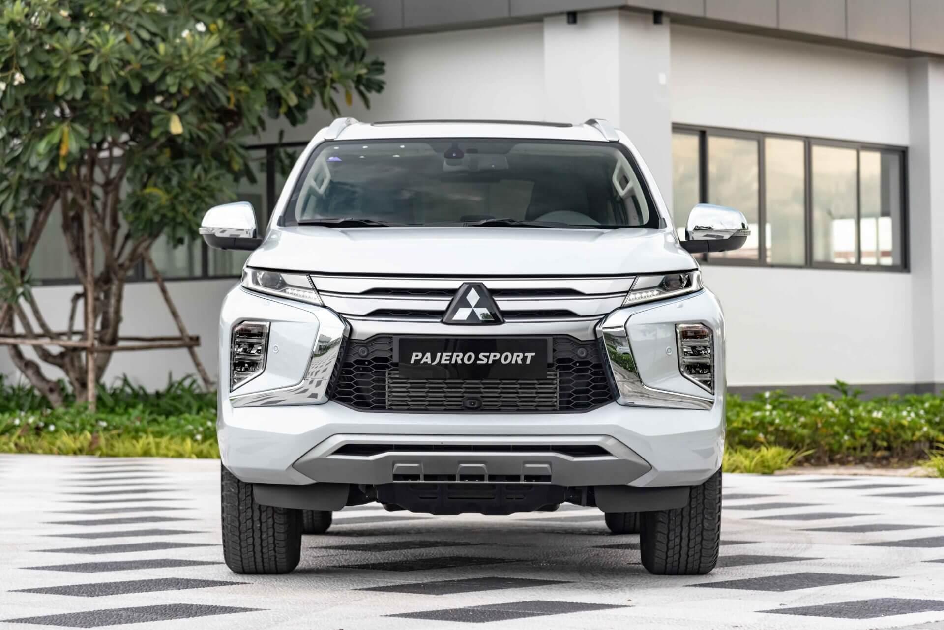 Mitsubishi pajero sport 2021 mới vận hành mạnh mẽ an toàn cao cấp tiện ích thông minh - 3